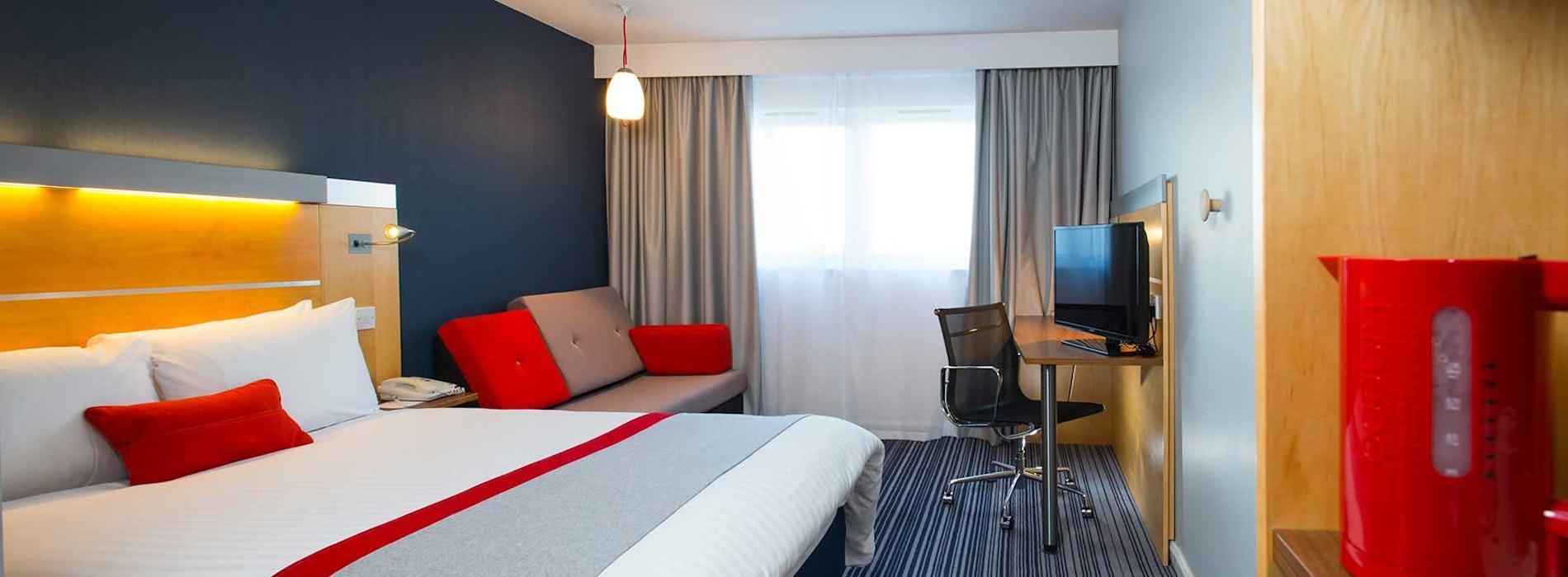 Holiday Inn Express Epsom Downs near Chessington World of Adventures Resort
