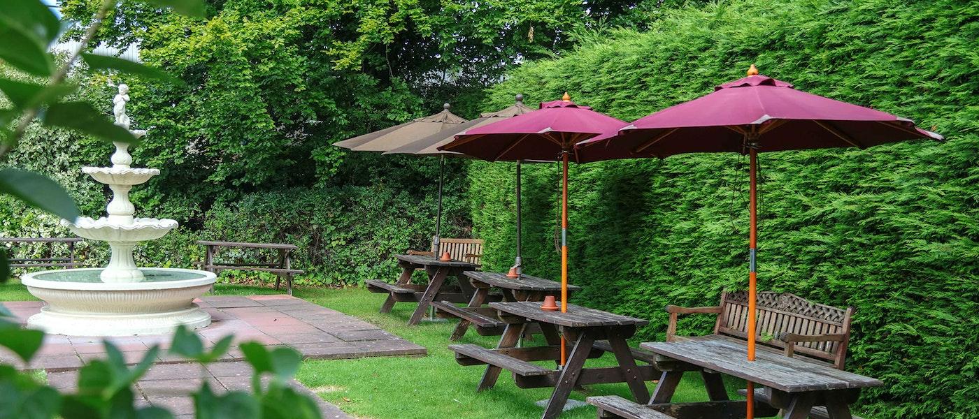 Garden at the Best Western Croydon Hotel near Chessington Resort.