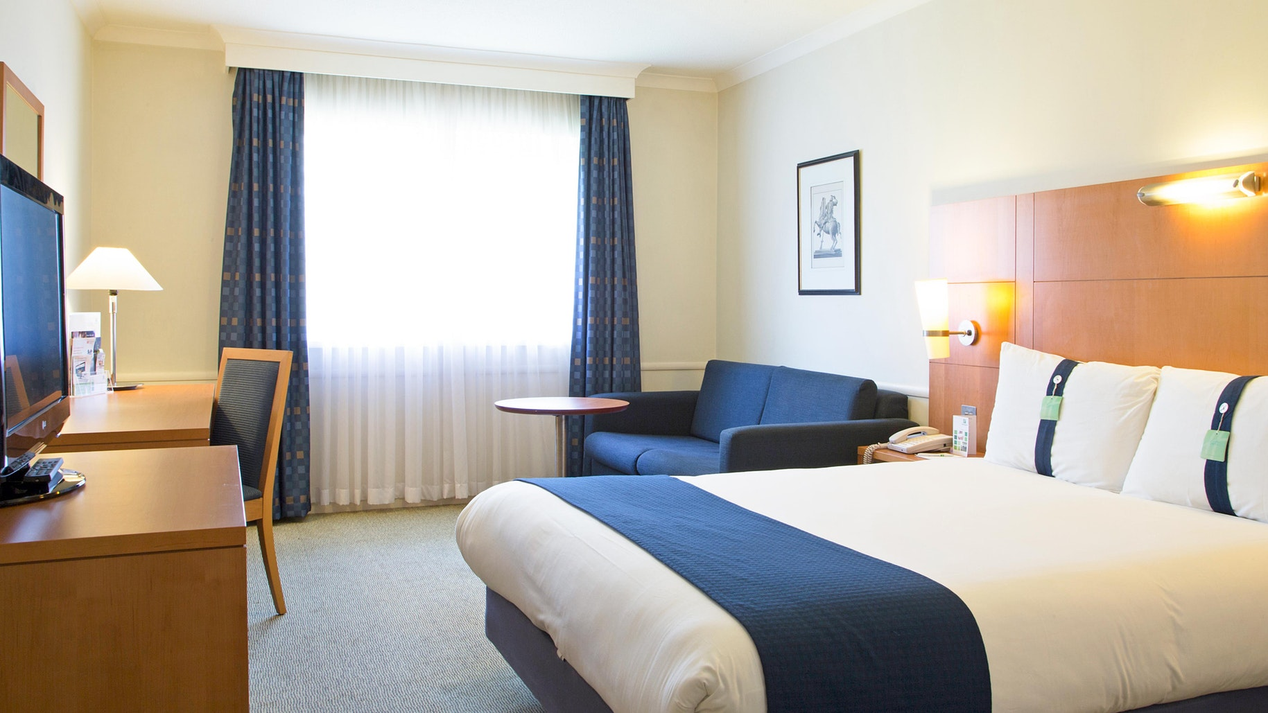 Holiday Inn Guildford near Chessington World of Adventures Resort