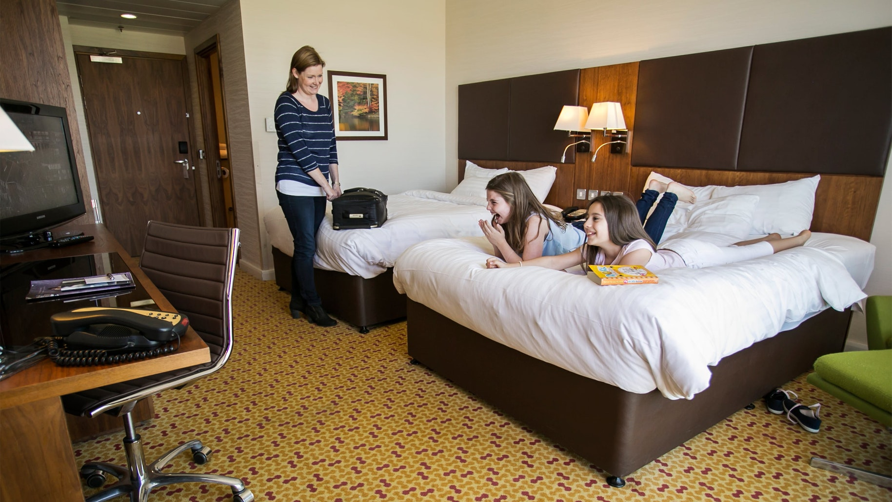 LINGFIELD PARK MARRIOTT HOTEL & COUNTRY CLUB near Chessington World of Adventures Resort